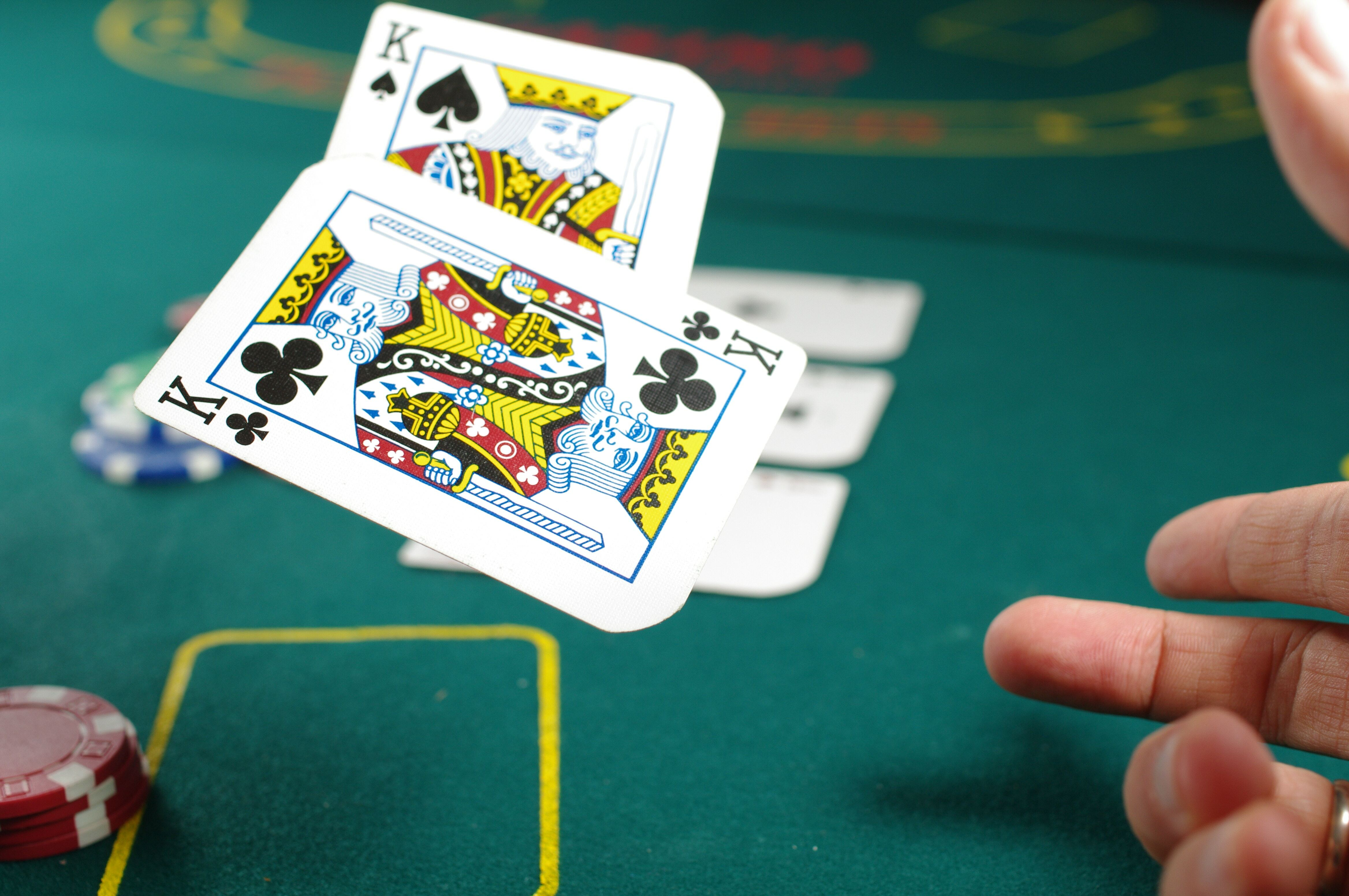 Get Your Free Bet Promo Codes And Play Poker Poker Tables Chips